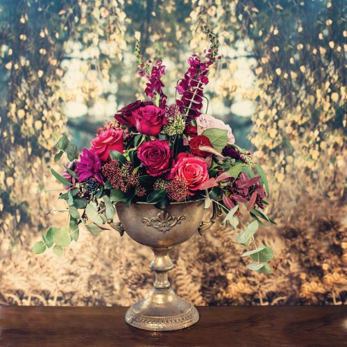 vintage-gold-wedding-urns-for-hire